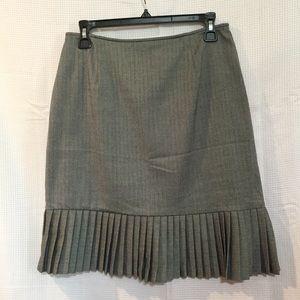 Briggs gray skirt
